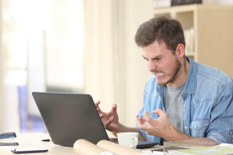 5 Reden waarom je ALTIJD ruzie krijgt met je webbouwer